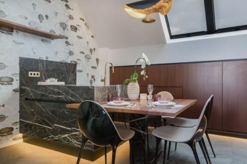 Sale apartment Paris 7ème 970000€ - Picture 1