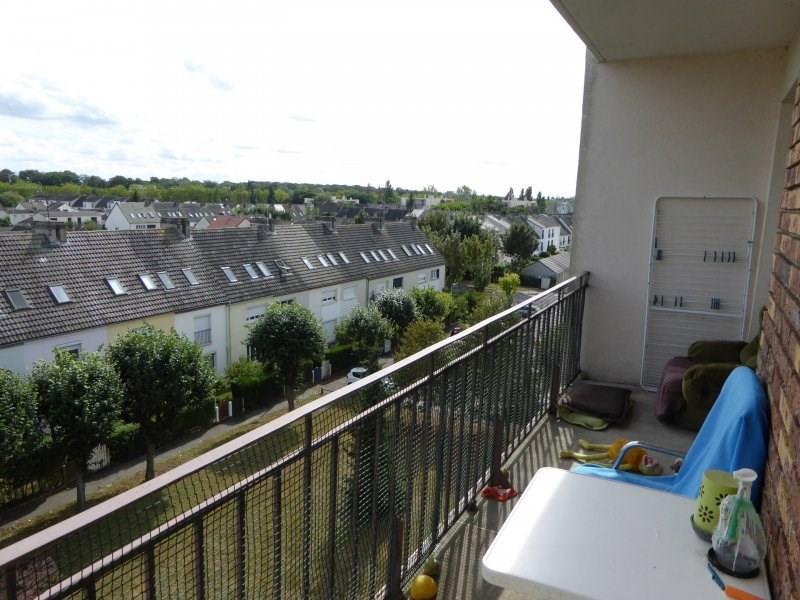 Rental apartment Maurepas 801€ CC - Picture 2