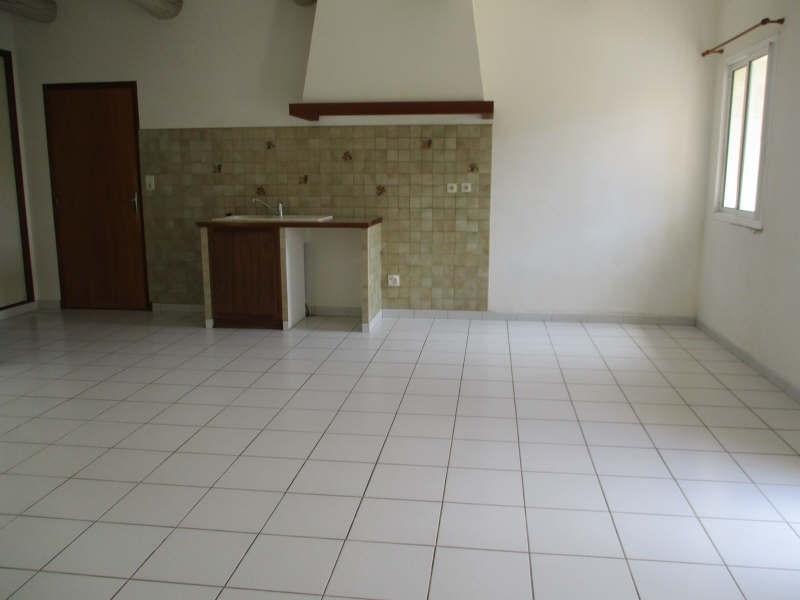 Location appartement Senas 780€ CC - Photo 10