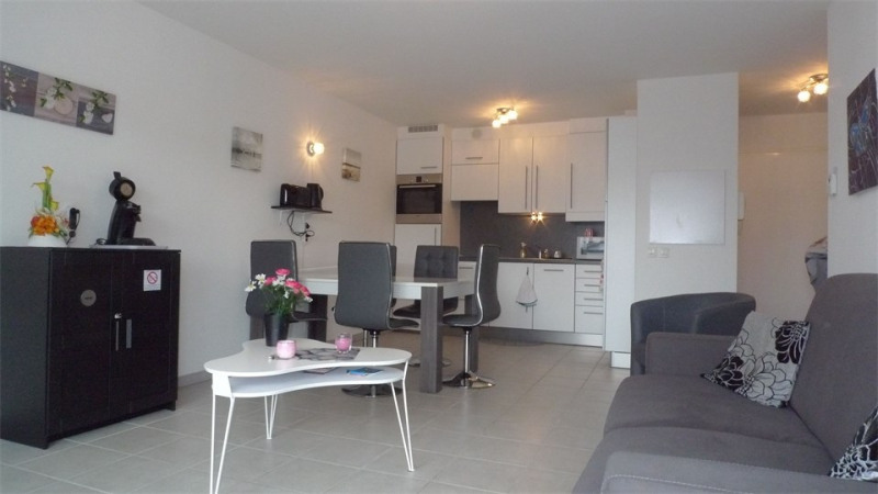 Location vacances appartement Saint jean de luz 810€ - Photo 2