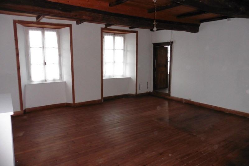 Sale house / villa St denis le vetu 65000€ - Picture 2