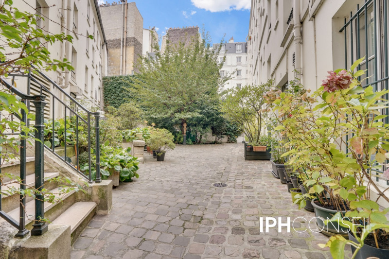 Location appartement Paris 17ème 2 400€ CC - Photo 7