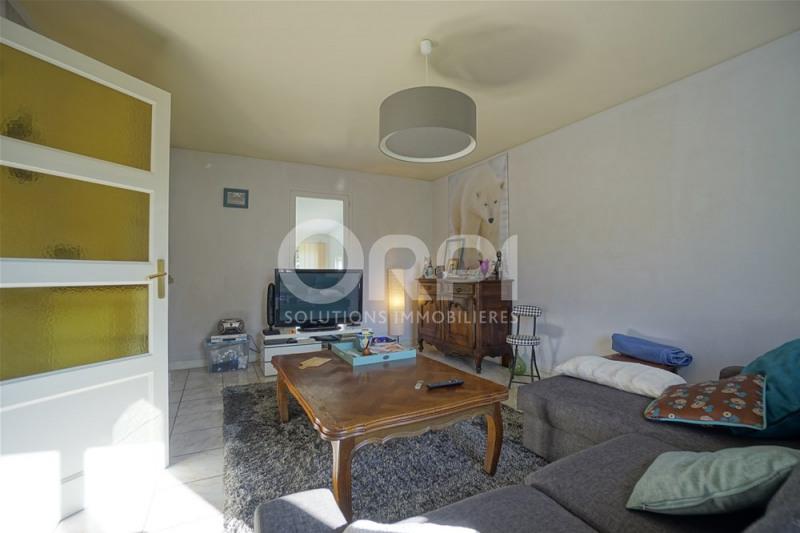 Sale house / villa Saint-clair-sur-epte 220000€ - Picture 4