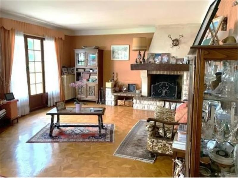 Deluxe sale house / villa Garches 1210000€ - Picture 2