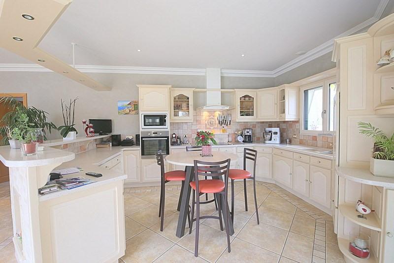 Deluxe sale house / villa Le fenouiller 672000€ - Picture 4