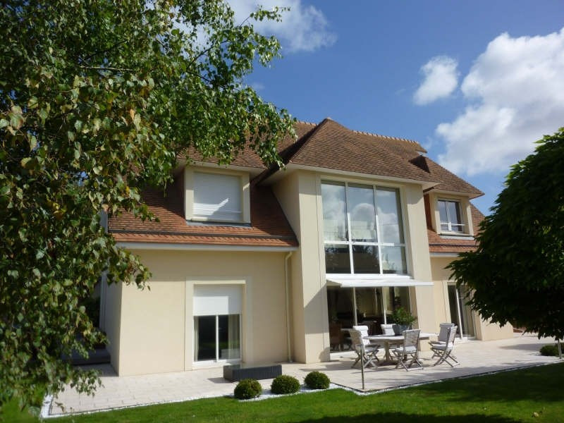Deluxe sale house / villa Auhie 630 000€ - Picture 1