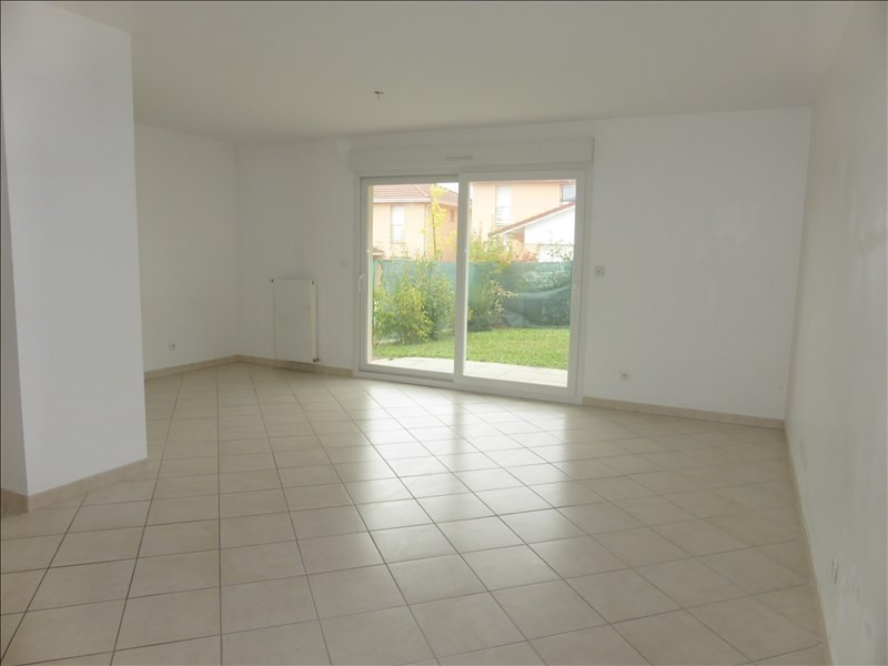 Rental house / villa Prevessin-moens 2 028€ CC - Picture 2