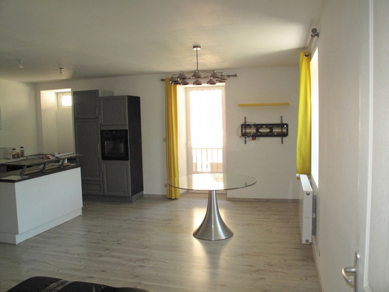 Sale apartment Thorens-glières 270 000€ - Picture 1