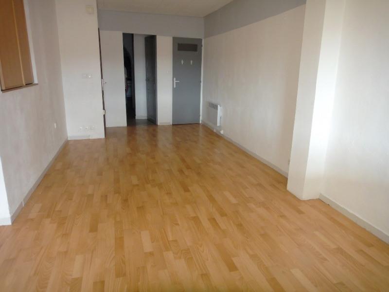 Location appartement Rians 612€ CC - Photo 1