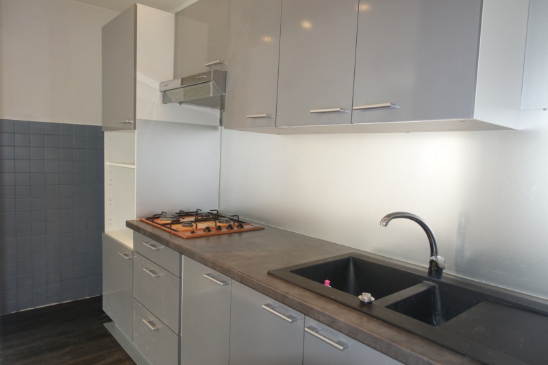 Sale apartment Morez 78000€ - Picture 2