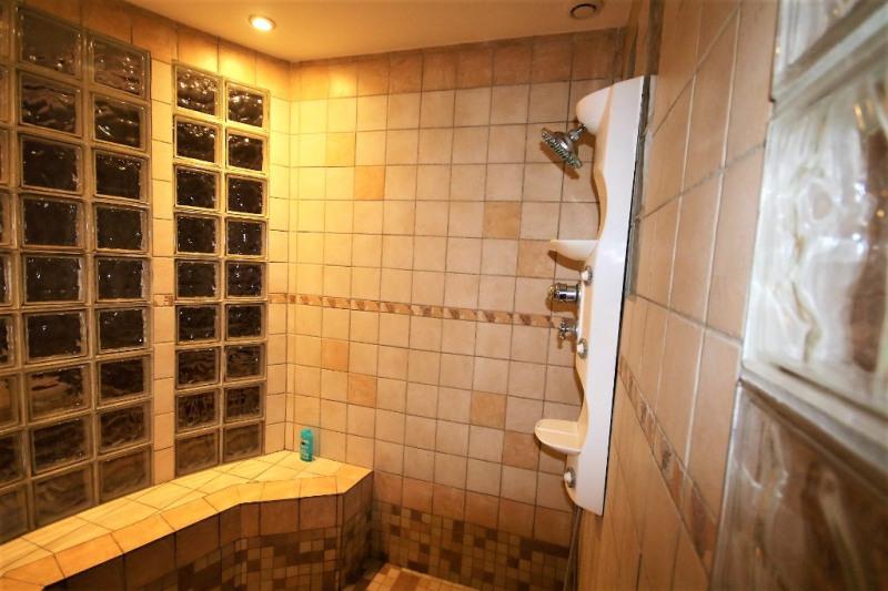 Deluxe sale house / villa Pertuis 680000€ - Picture 10