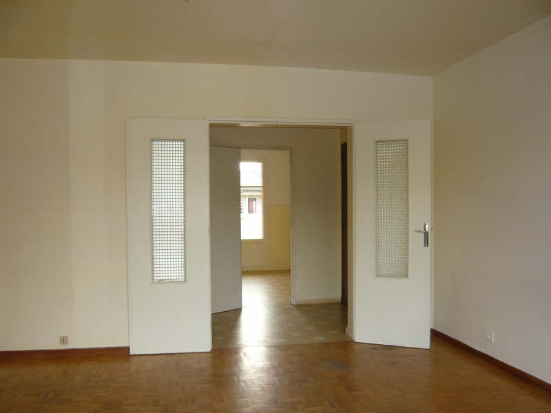 Rental apartment Aix en provence 805€ CC - Picture 2