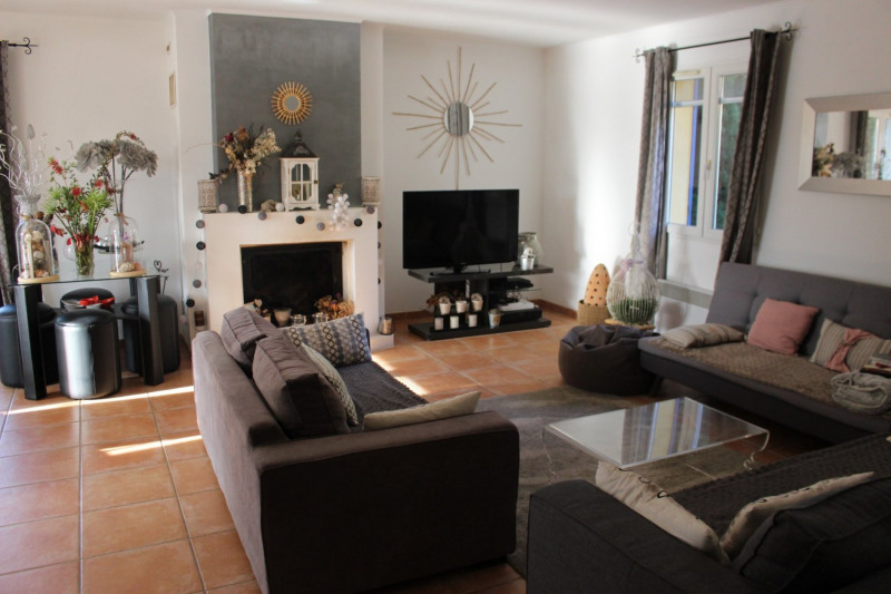 Vente maison / villa Lambesc 549000€ - Photo 3
