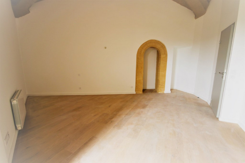 Rental apartment Meyrargues 715€ CC - Picture 3