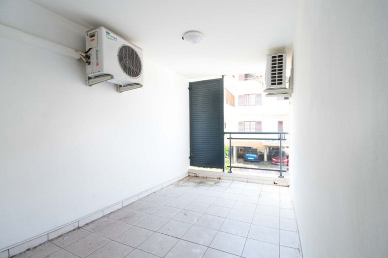 Sale apartment Sainte clotilde 73 000€ - Picture 5