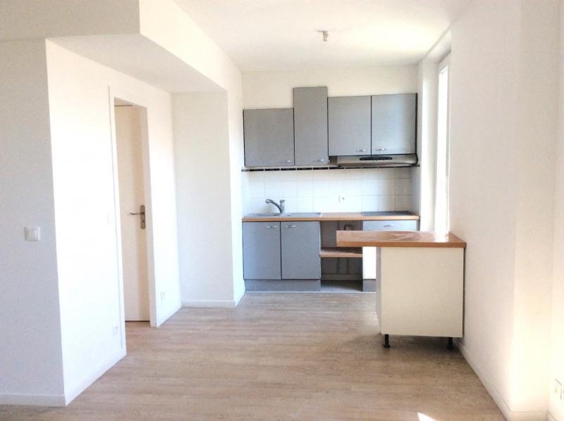 Rental apartment Saint-raphaël 590€ CC - Picture 1