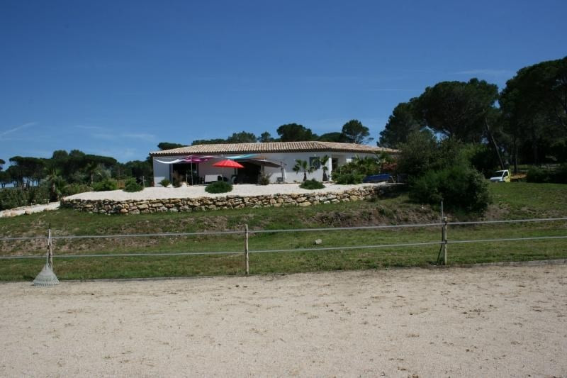 Verkauf von luxusobjekt haus Roquebrune sur argens 950000€ - Fotografie 4
