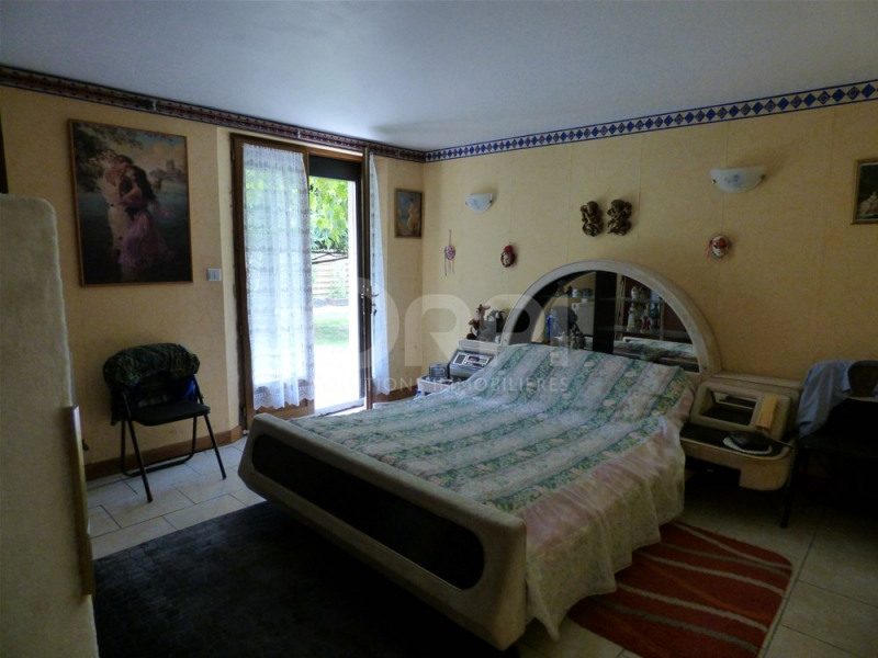 Sale house / villa Lyons la foret 174000€ - Picture 5