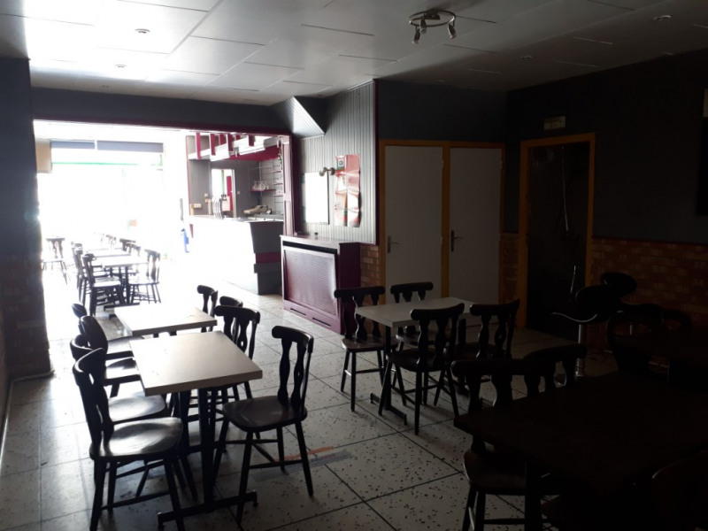 Location local commercial Fauquembergues 800€ HC - Photo 2
