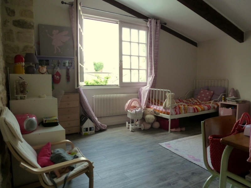 Sale house / villa St germain en laye 610 000€ - Picture 7