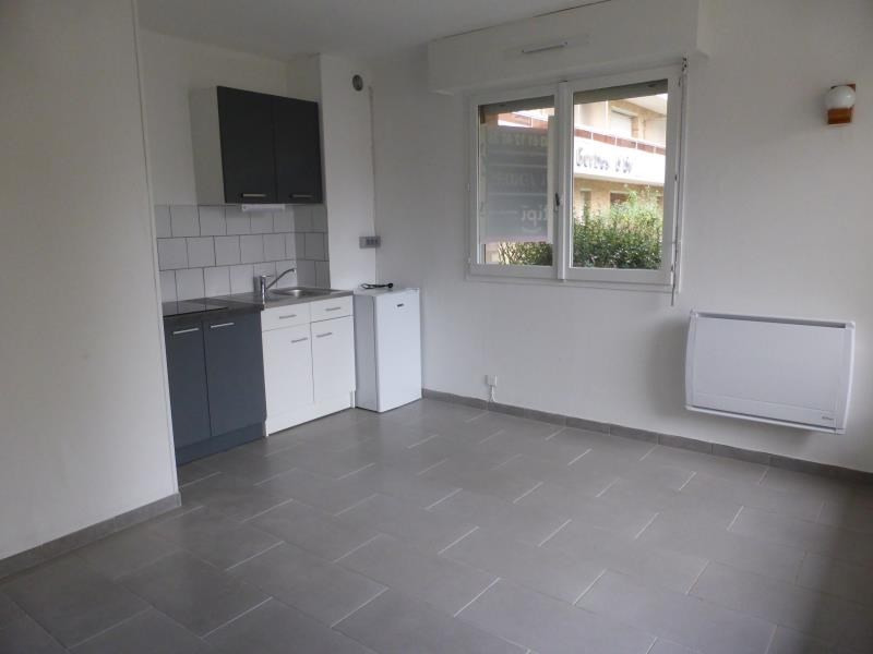 Location appartement Bethune 340€ CC - Photo 1