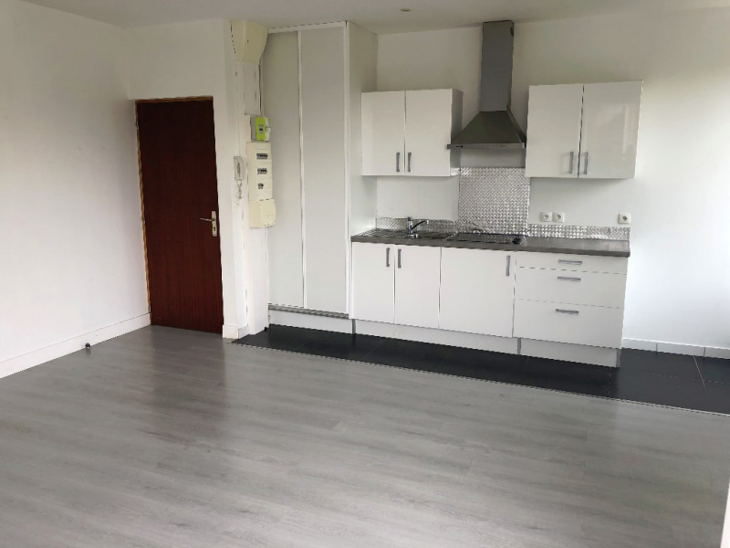 Rental apartment Brunoy 754€ CC - Picture 2