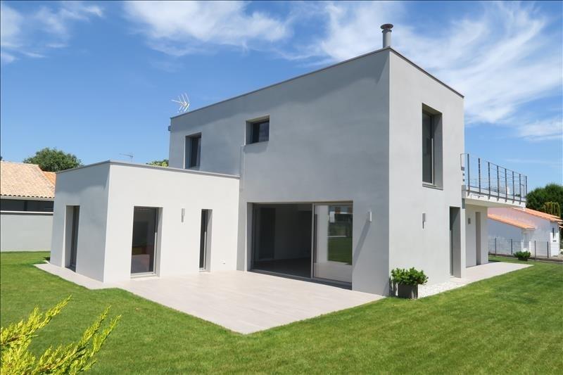 Deluxe sale house / villa Royan 660000€ - Picture 2