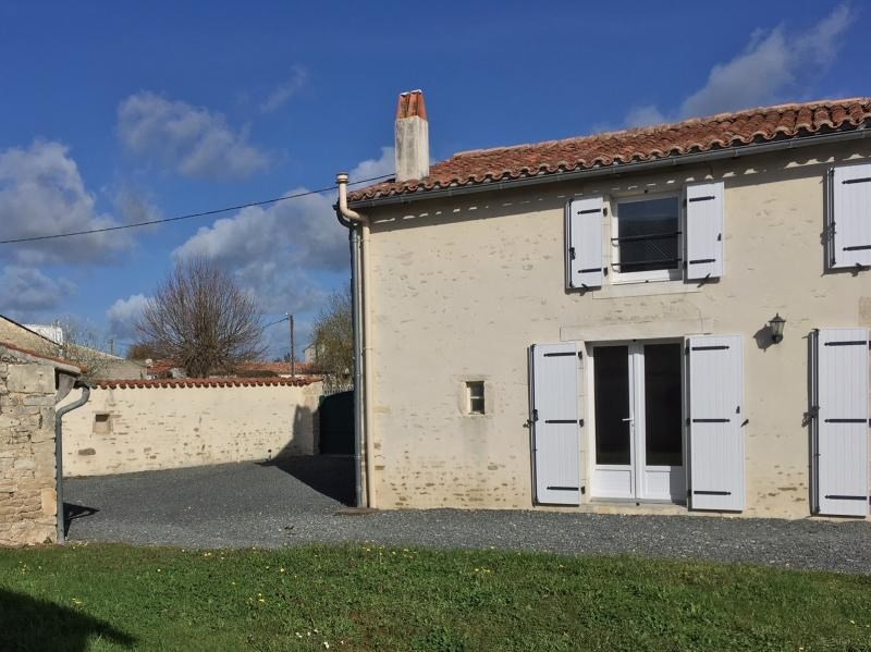 Sale house / villa Frontenay rohan rohan 138 000€ - Picture 2