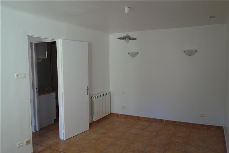 Location appartement Aubagne 570€ CC - Photo 3