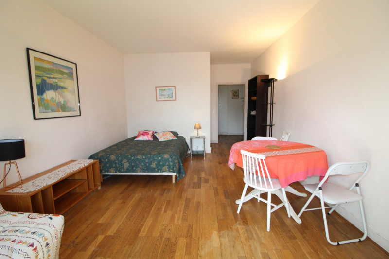 Location appartement Neuilly-sur-seine 1 150€ CC - Photo 2