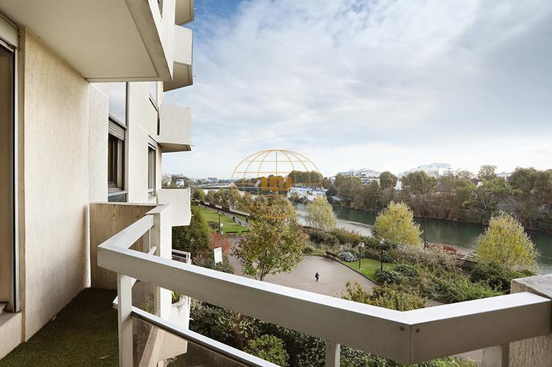 Sale apartment Courbevoie 655000€ - Picture 2