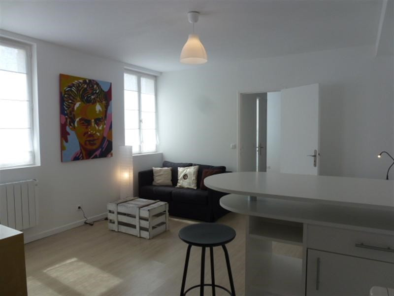 Location appartement Fontainebleau 921€ CC - Photo 7