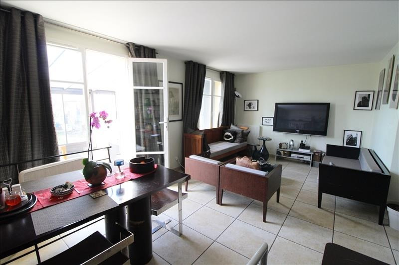 Sale house / villa Maurepas 327 500€ - Picture 3