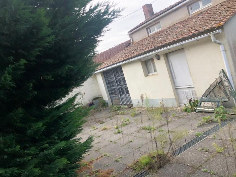 Sale house / villa Saint andre de la marche 127840€ - Picture 6