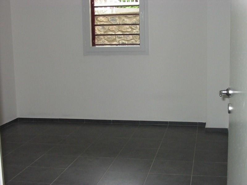 Location appartement Ste clotilde 574€ CC - Photo 4