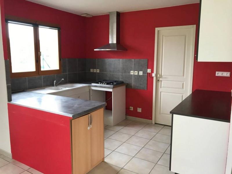 Location maison / villa Montferrat 800€ CC - Photo 3