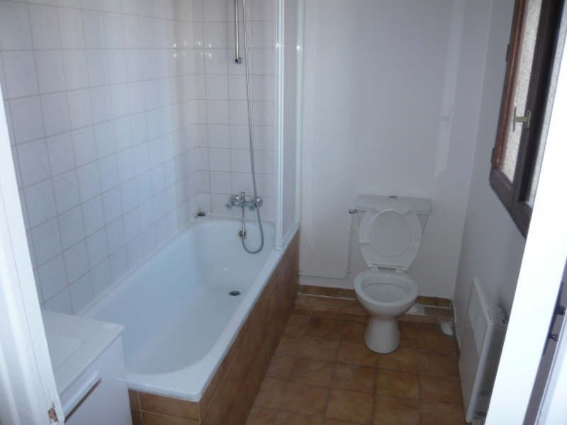 Rental apartment Montfermeil 620€ CC - Picture 3