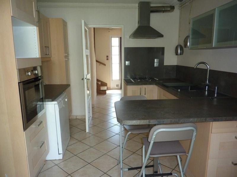 Sale house / villa Saint-clair-de-la-tour 159500€ - Picture 4
