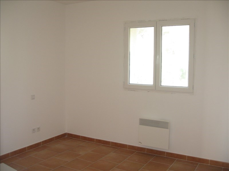 Location appartement Gardanne 810€ CC - Photo 3