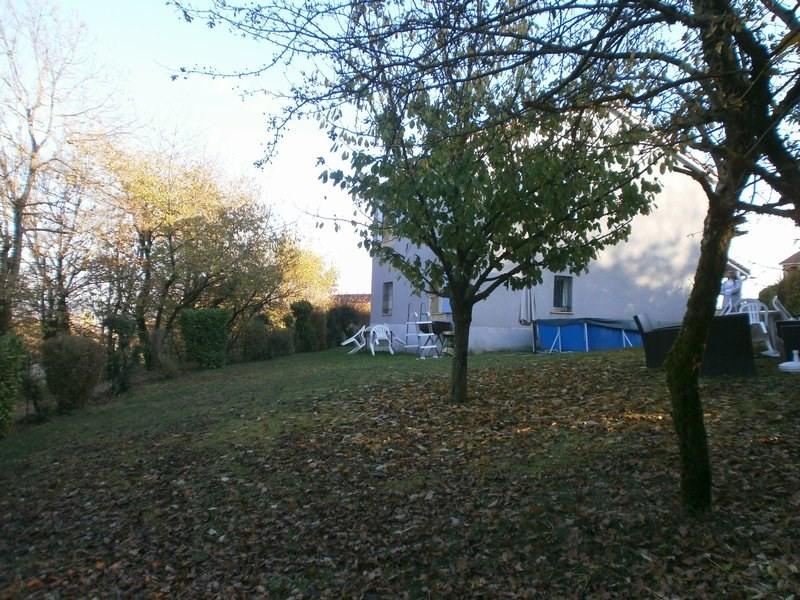 Sale house / villa L isle d'abeau 220000€ - Picture 9