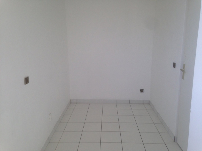 Sale apartment Ste luce 147 150€ - Picture 5