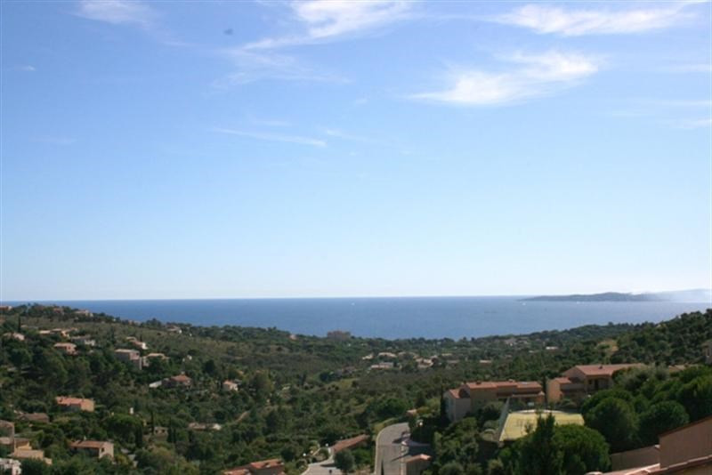 Vacation rental apartment Les issambres 2100€ - Picture 1
