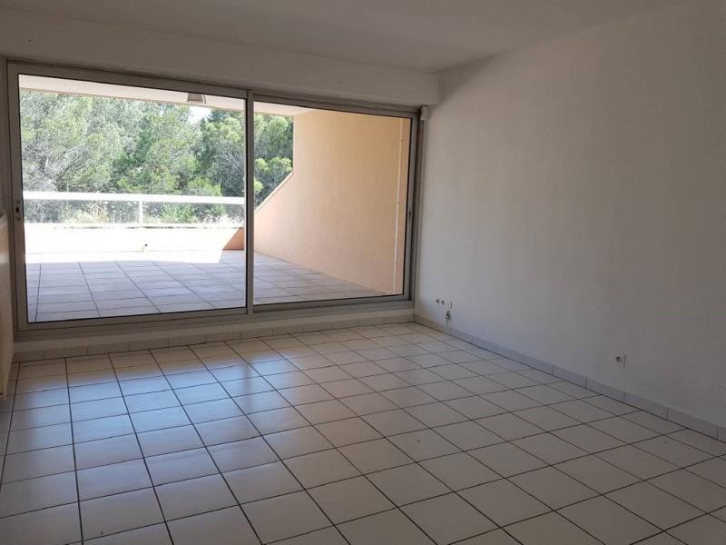 Alquiler  apartamento Villeneuve-les-avignon 800€ CC - Fotografía 2