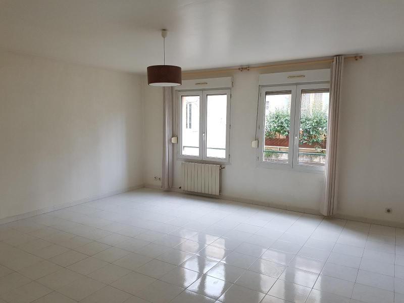 Location appartement Aix en provence 869€ CC - Photo 1