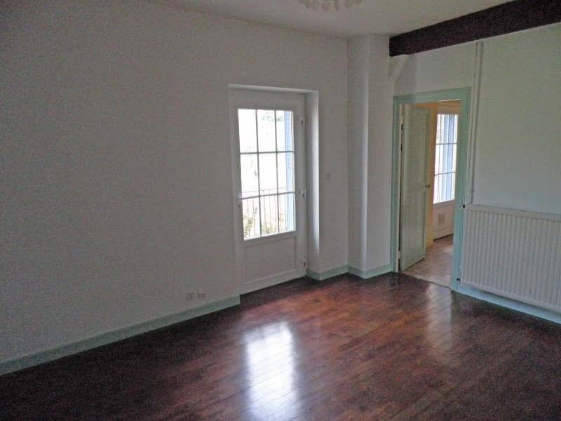Rental apartment Le puy en velay 353,79€ CC - Picture 2