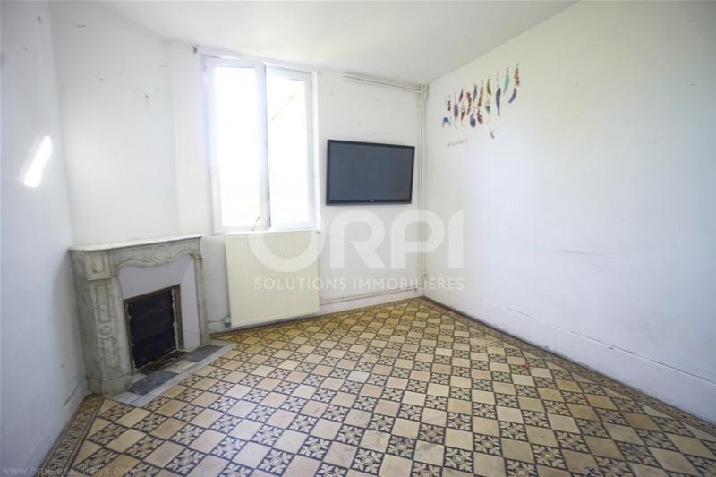 Sale house / villa Les andelys 92000€ - Picture 2