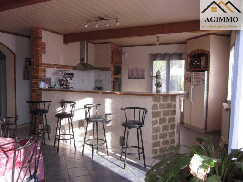 Sale house / villa L isle jourdain 282000€ - Picture 3