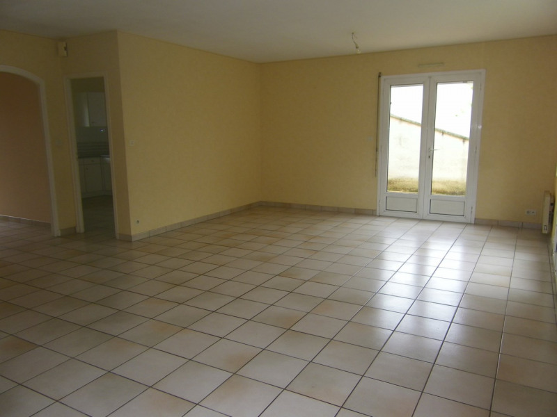 Location maison / villa Agen 790€ +CH - Photo 3