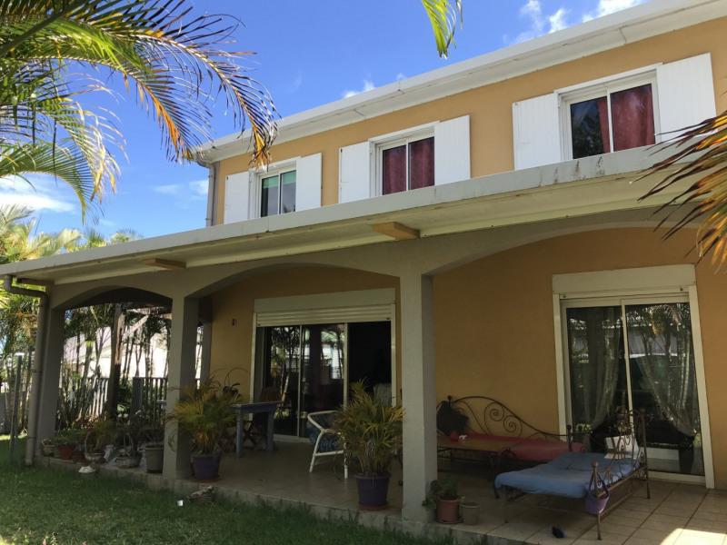 Sale house / villa Petite ile 296800€ - Picture 6