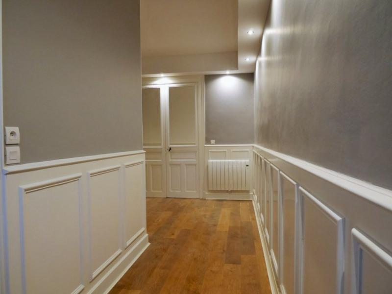 Deluxe sale house / villa La rochelle 1090000€ - Picture 1